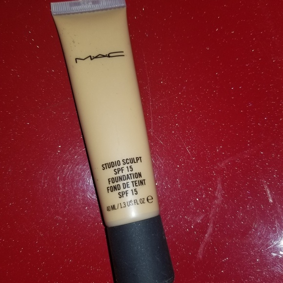 MAC Cosmetics Other - Mac studio sculpt NC42